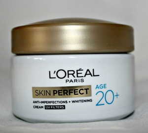 L'OREAL PARIS Age 20+ Anti-imperfections+Whitening Day Cream 50 Gm